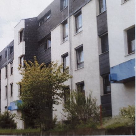 Rent this 2 bed apartment on Limburgstraße 18 in 73265 Dettingen unter Teck, Germany