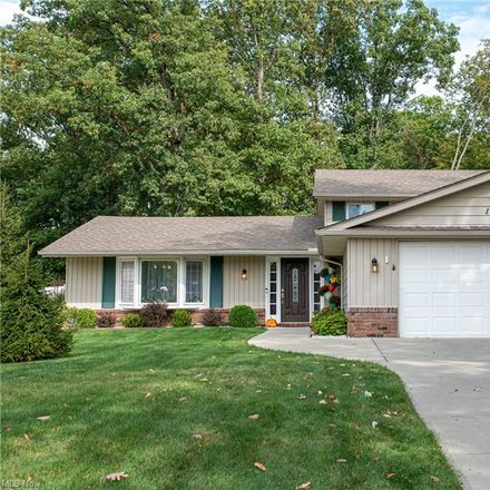 Rent this 3 bed house on 17024 Hunting Meadows Drive in Strongsville, OH 44136