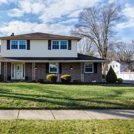 Rent this 3 bed house on 430 Yale Drive in Upper Southampton Township, PA 18966