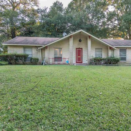 Rent this 3 bed house on 1455 Wooddell Drive in Jackson, MS 39212