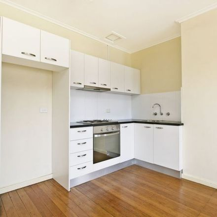 Rent this 1 bed apartment on 11/4 Stuart Rd