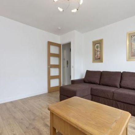Rent this 2 bed apartment on Great Northern Road in Aberdeen AB24 2BX, United Kingdom
