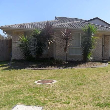Rent this 3 bed house on 1/54 Sunflower Crescent