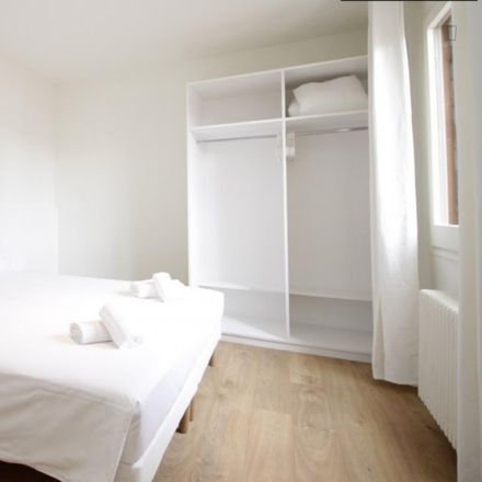 Rent this 3 bed apartment on Carrer del Duc in 12, 08002 Barcelona