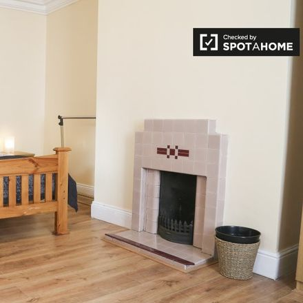 Rent this 3 bed room on 75 Benburb Street in Arran Quay C ED, County Dublin