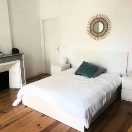 Rent this 4 bed room on 1 Rue de la Providence in 13001 Marseille, France