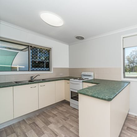 Rent this 3 bed house on 39 Louis Street