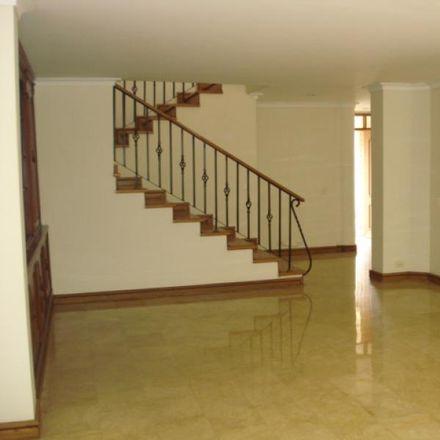Rent this 4 bed apartment on Santa Gertrudis in Calle 38 Sur, La Paz