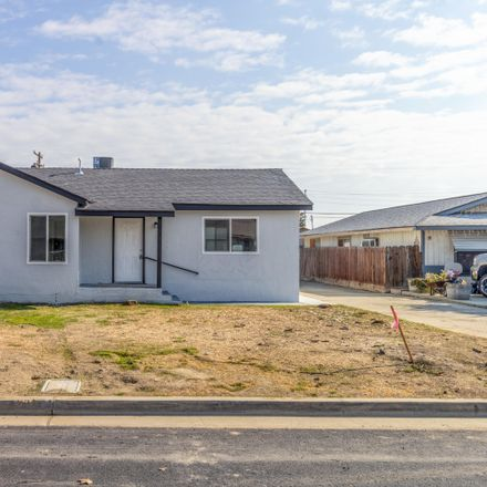 Rent this 3 bed house on 188 South Latimer Street in Tulare, CA 93274