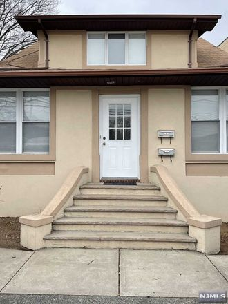 Rent this 4 bed apartment on 465 Main Avenue in Wallington, NJ 07057