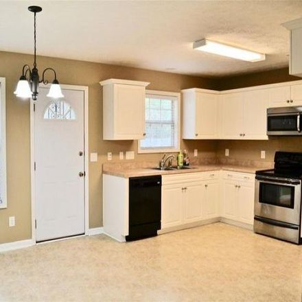 Rent this 3 bed house on 6044 Brindley Drive in Montgomery, AL 36117