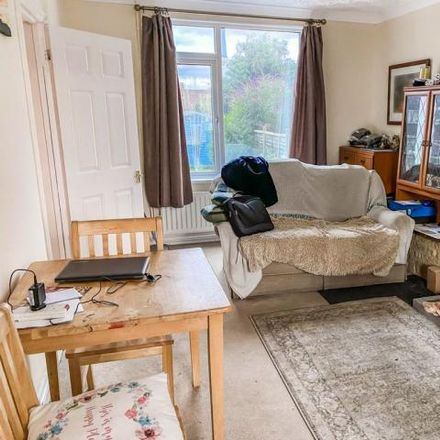 Rent this 2 bed house on The Oval in Kettering, United Kingdom