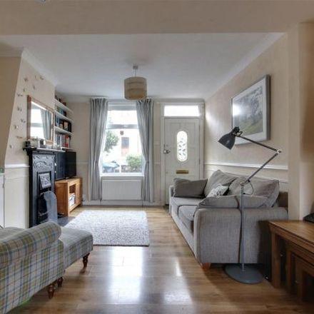 Rent this 3 bed house on Charles Street in London EN1 1LA, United Kingdom