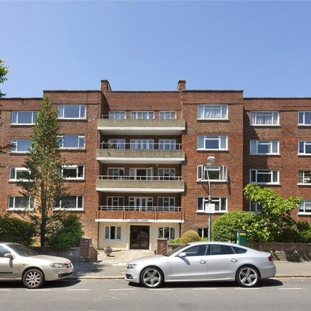 Rent this 3 bed apartment on Eaton Gardens in Hove BN3 3EA, United Kingdom