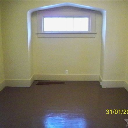 Rent this 2 bed house on 338 West Branning Avenue in Fort Wayne, IN 46807