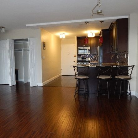 Rent this 1 bed condo on Montgomery St in Jersey City, NJ