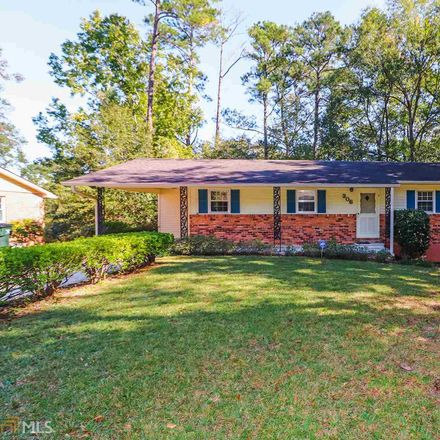 Rent this 3 bed house on 306 Skyway Drive in Warner Robins, GA 31088