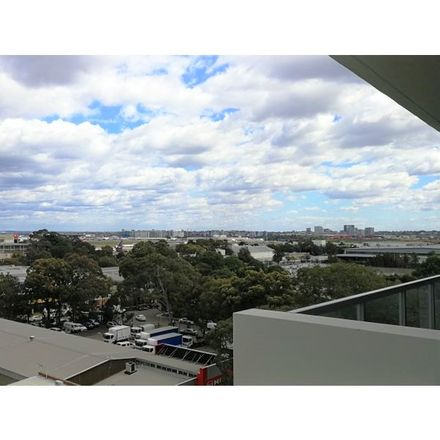 Rent this 2 bed apartment on 721/260 Coward Street
