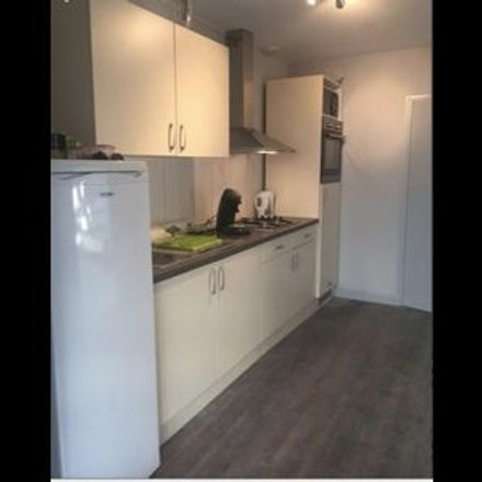 Rent this 1 bed room on 36 Rue Alexandre Ribot in 59000 Lille, France