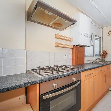 Rent this 2 bed apartment on Shaw Court in Winstanley Road, London SW11 2HF