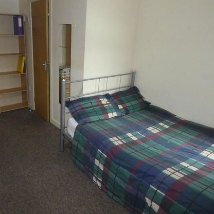 Rent this 1 bed room on Pine Grove in Manchester M14 5QG, United Kingdom