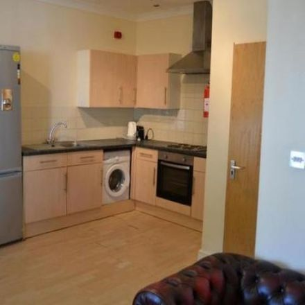 Rent this 4 bed apartment on Cardiff University in Queen's Buildings, Newport Road