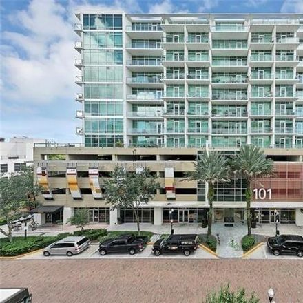 Rent this 1 bed condo on 101 Eola Drive in Orlando, FL 32801