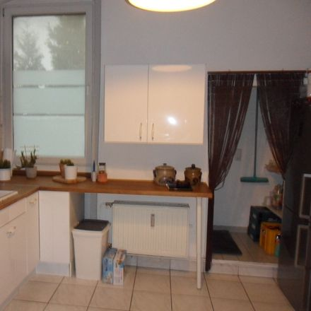 Rent this 3 bed apartment on Lotharstraße 28 in 47443 Moers, Germany