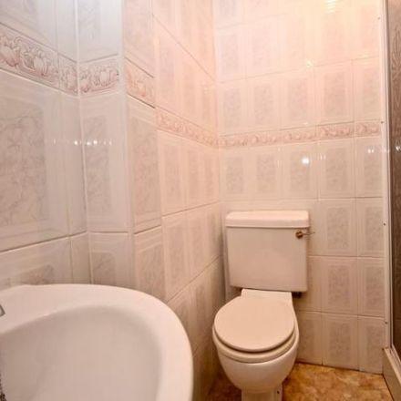Rent this 8 bed house on 133 Warwick Road in Carlisle CA1 1JU, United Kingdom
