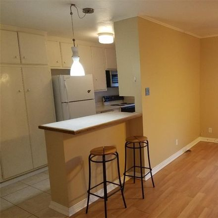 Rent this 1 bed condo on 400 N Acacia Ave in Fullerton, CA