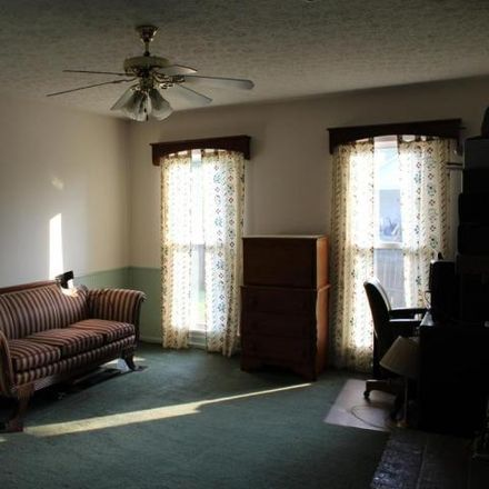 Rent this 5 bed house on 403 Berry Hill Place in Douglass Hills, Jefferson County