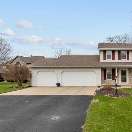 Rent this 4 bed house on 2520 Fieldside Ct in Appleton, WI