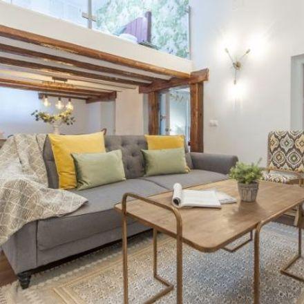 Rent this 5 bed apartment on La Fojetta in Calle de la Escalerilla de Piedra, 2