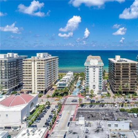 Rent this 3 bed condo on 9499 Collins Avenue in Surfside, FL 33154
