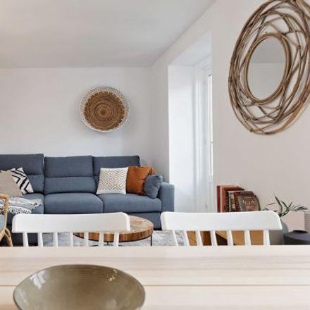 Rent this 5 bed apartment on Centro de Salud Justicia in Calle de Regueros, 28001 Madrid