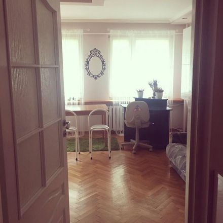 Rent this 3 bed room on Paganiniego in Niccolo Paganiniego 4, 20-850 Lublin