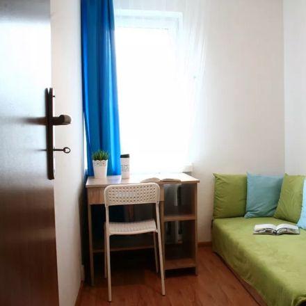 Rent this 5 bed room on Sowińskiego 7 in 40-018 Katowice, Polska