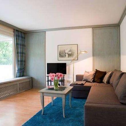 Rent this 2 bed apartment on Zieblandstraße 25 in 80798 Munich, Germany