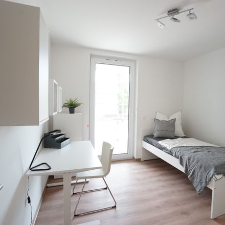 Rent this 2 bed apartment on Comeniusstraße 4 in 01307 Dresden, Germany