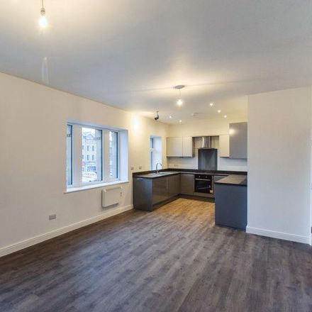 Rent this 2 bed apartment on Caffe Piccolo in Otley Road, Bradford BD18 3PY
