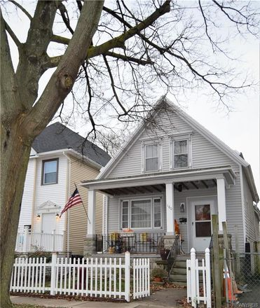 Rent this 3 bed house on 160 16th Street in Buffalo, NY 14213