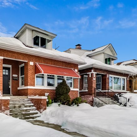 Rent this 5 bed house on Beat 2513 in 1719 North Melvina Avenue, Chicago