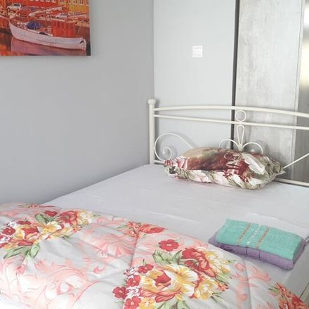 Rent this 2 bed room on Mikras Asias 8 in Athina 115 27, Grecia