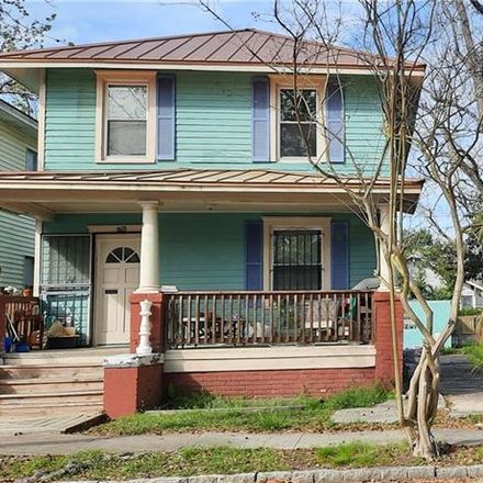 Rent this 3 bed house on 608 East 39th Street in Savannah, GA 31401