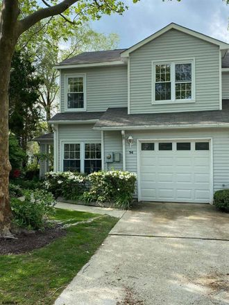 Rent this 3 bed apartment on Heather Croft in Egg Harbor Township, NJ