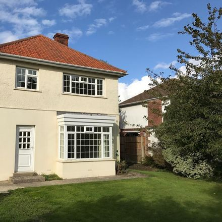 Rent this 4 bed house on Vectis Road in Gosport PO12 2QE, United Kingdom