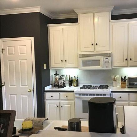 Rent this 3 bed condo on Kingsmarsh Way in Saint Simons Island, GA