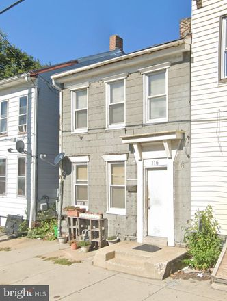 Rent this 3 bed townhouse on 115 Arch Street in York, PA 17401