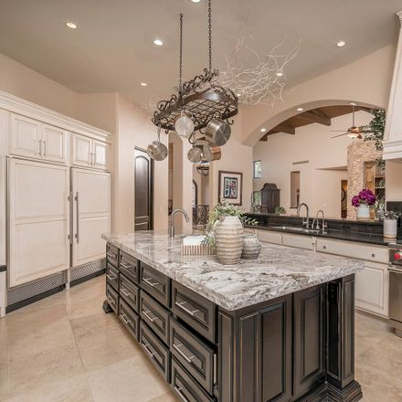 Rent this 5 bed house on North 76th Street in Scottsdale, AZ 85266