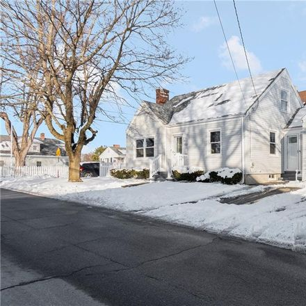 Rent this 3 bed apartment on 137 Southern Street in Cranston, RI 02920